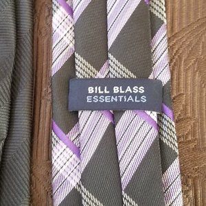 bill blass Accessories - BILL BLASS PURPLE & BLACK NECK TIE BUNDLE